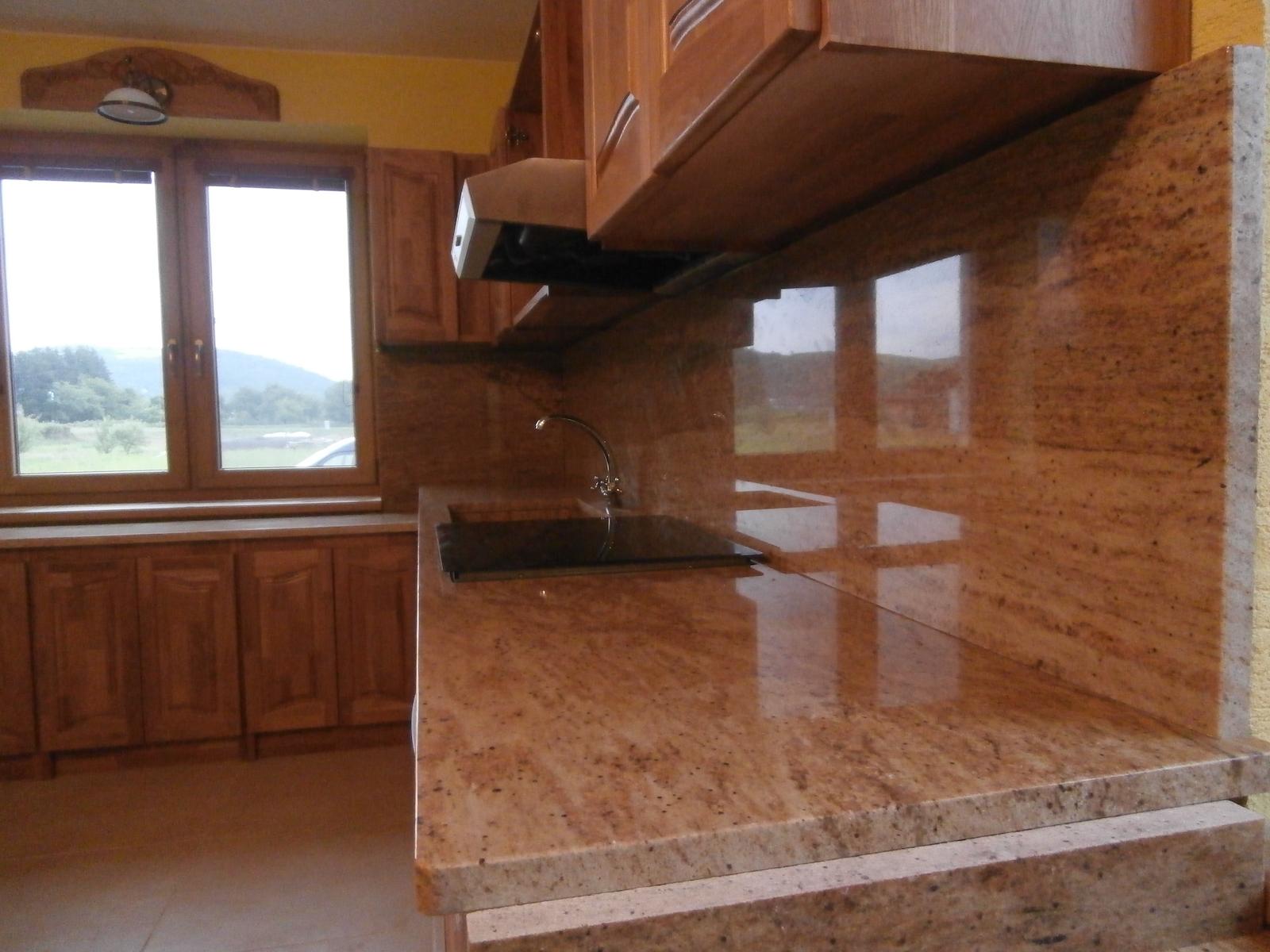 Kuchyna-Golden-Oak